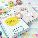 Kolorowe notesy do pisywania kreatywnego życia, happy life