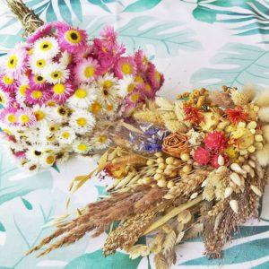 Bukiety z suszonych kwiatów i zbóż