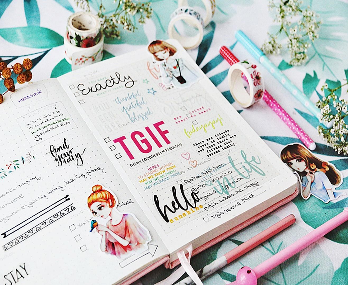 Planer papierowy w formie książki do kreatywnego planowania