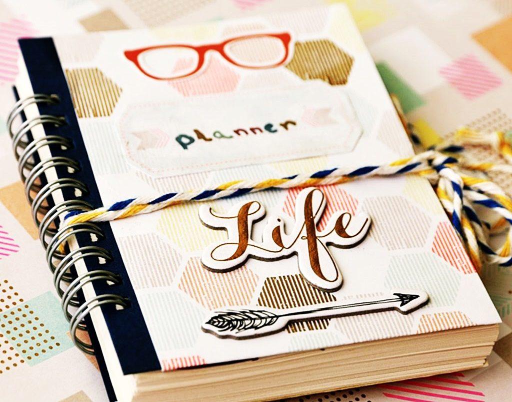 Planowaniew notesie DIY jest alternatywą dla książkowego kalendarza