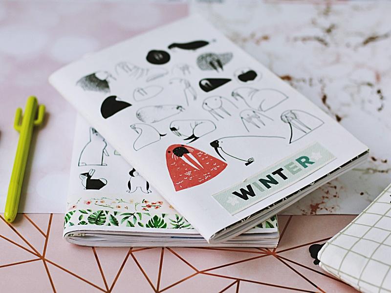 Dekoracyjne zeszyty można przeznaczyć na zrobienie kalendarz lub planera